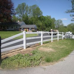 3 rail vinyl fence installation
