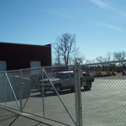 chainlink-fencing-111