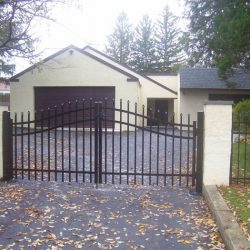swing gate for driveway