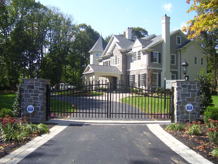 Grand Estate Gate in Lancaster County PA