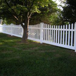Galloway White Vinyl Picket Fence
