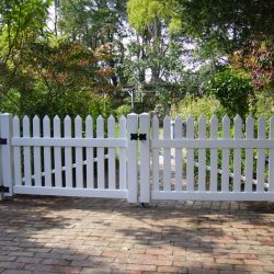 Vinyl Manor Fence and Driveway Gate