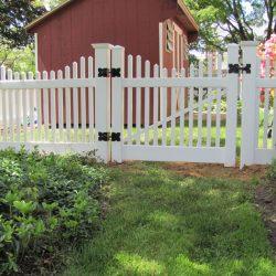 Hanover White Vinyl Picket Fence