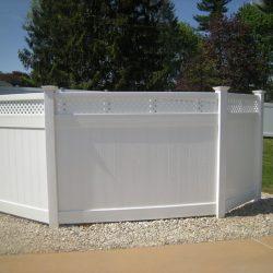 white vinyl privacy fence