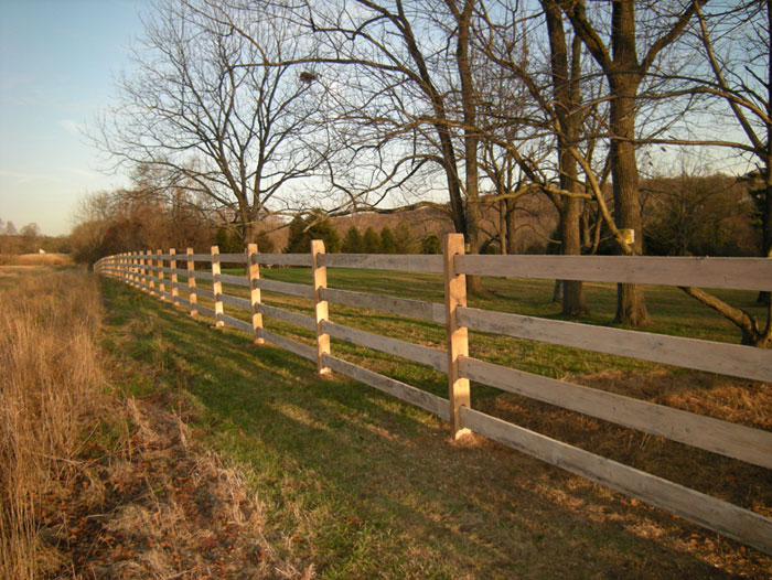 Wood Rail Slip Board Fence