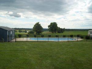 aluminum pool fence installation