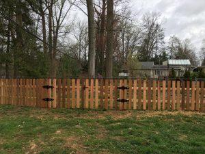 Red Cedar Dog Ear Style Wood Picket Fence