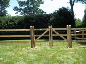 wooden rail fence for backyard