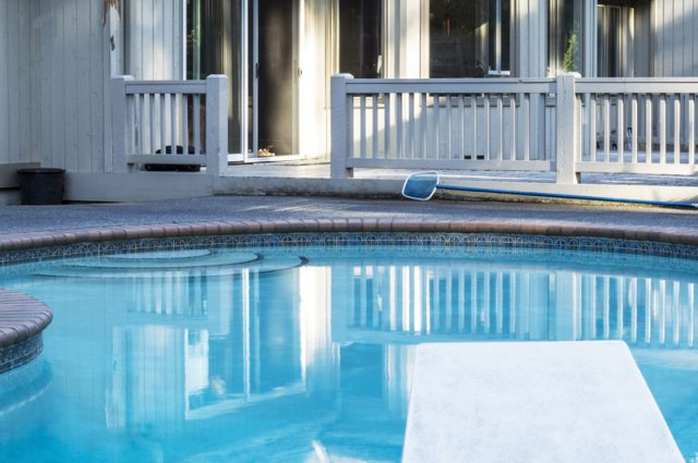 Pool Fence Laws — And the Pool Fence Designs You'll Want