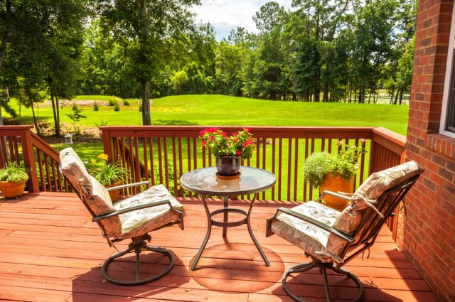 Deck Makeover Ideas for Every Budget