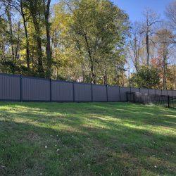 backyard vinyl privacy fence inspiration