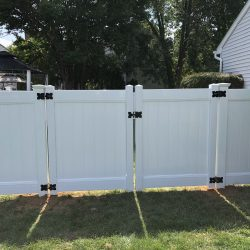 white vinyl fence and gate inspiration
