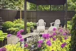 Modern Garden Fence Design Idea