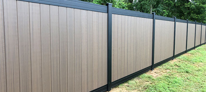 Natural tone vinyl fence