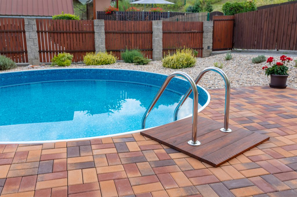 Sleek durable pool fence