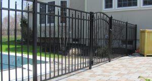 low maintenance aluminum fencing with gate