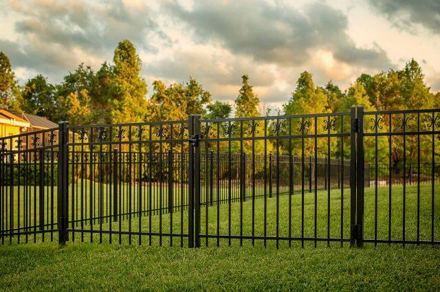 What Kind of Fence Should I Get?