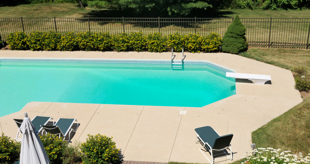 Privacy pool fence for backyard