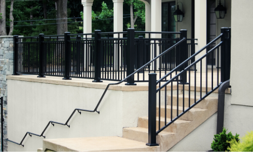 Aluminum railing commercial application