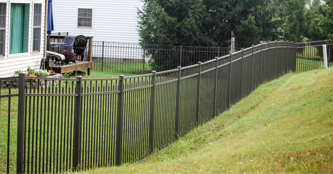 Tall aluminum privacy fence